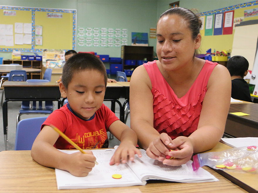 Become a Volunteer at Cox Elementary!